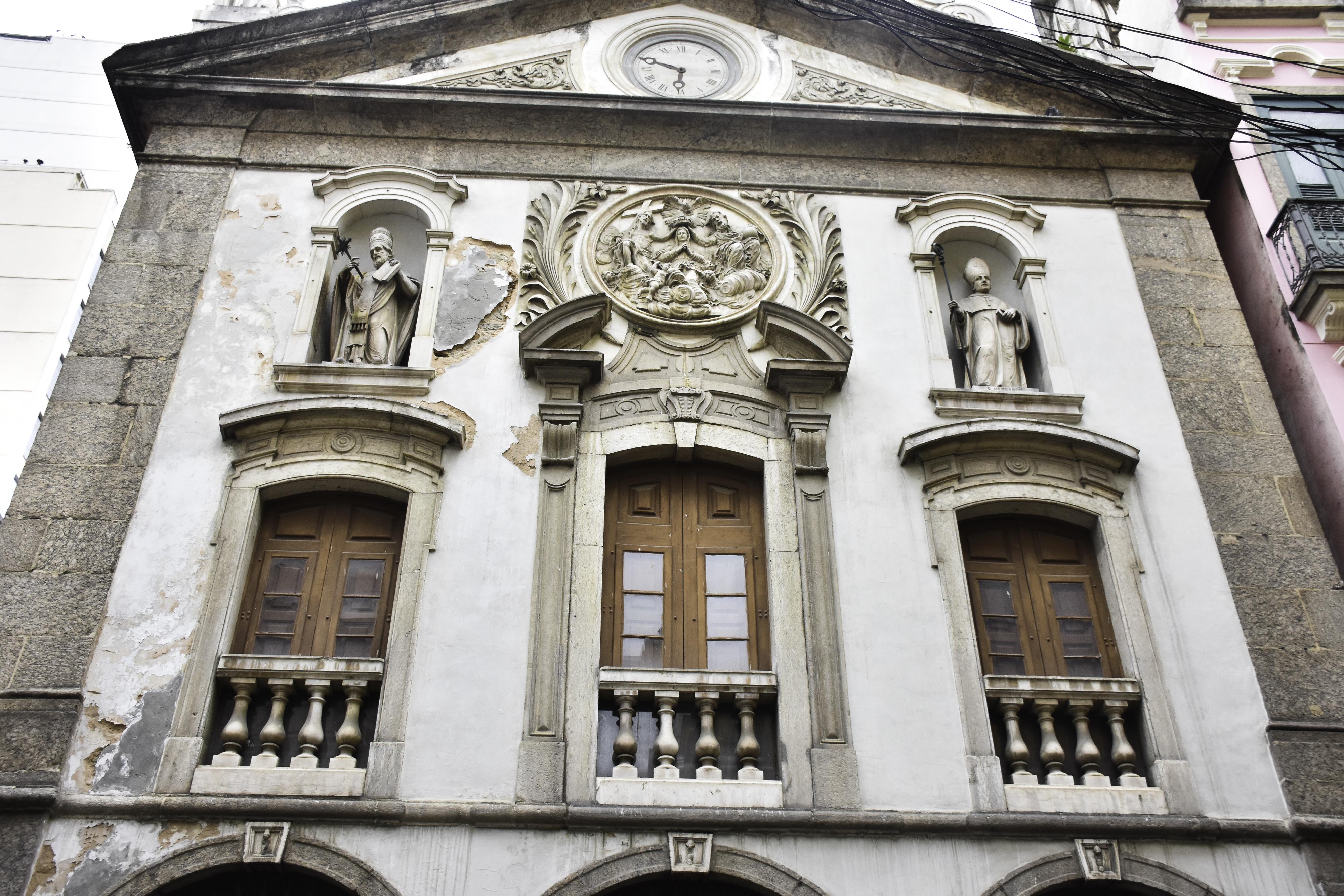 O belíssimo patrimônio Cultural da Cidade do Rio de Janeiro representado nas Igrejas barrocas do período colonial e no império